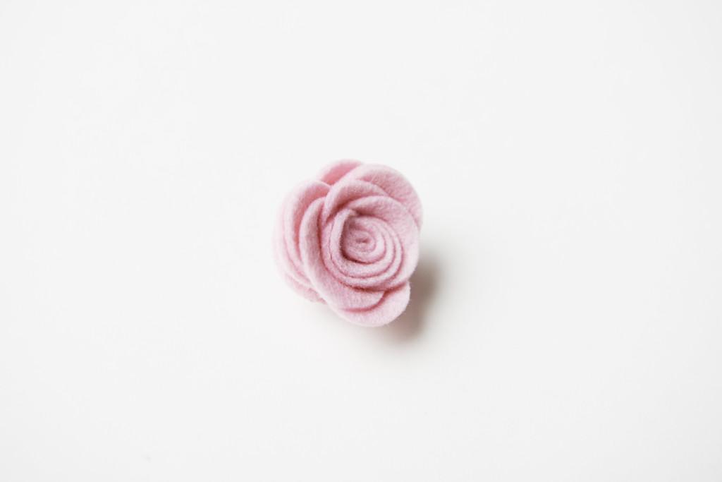 Quarterly x SG, quarterly style girlfriend, quarterly package, style girlfriend curated package, noble breed, lapel flower