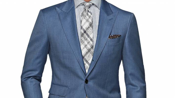 five ways to make your suit your own, men's suiting, men's style, stylish suit, office wardrobe, office attire, pocket square, tie, suit, cologne, axe body wash, axe shower thoughts, how to make your suit your own
