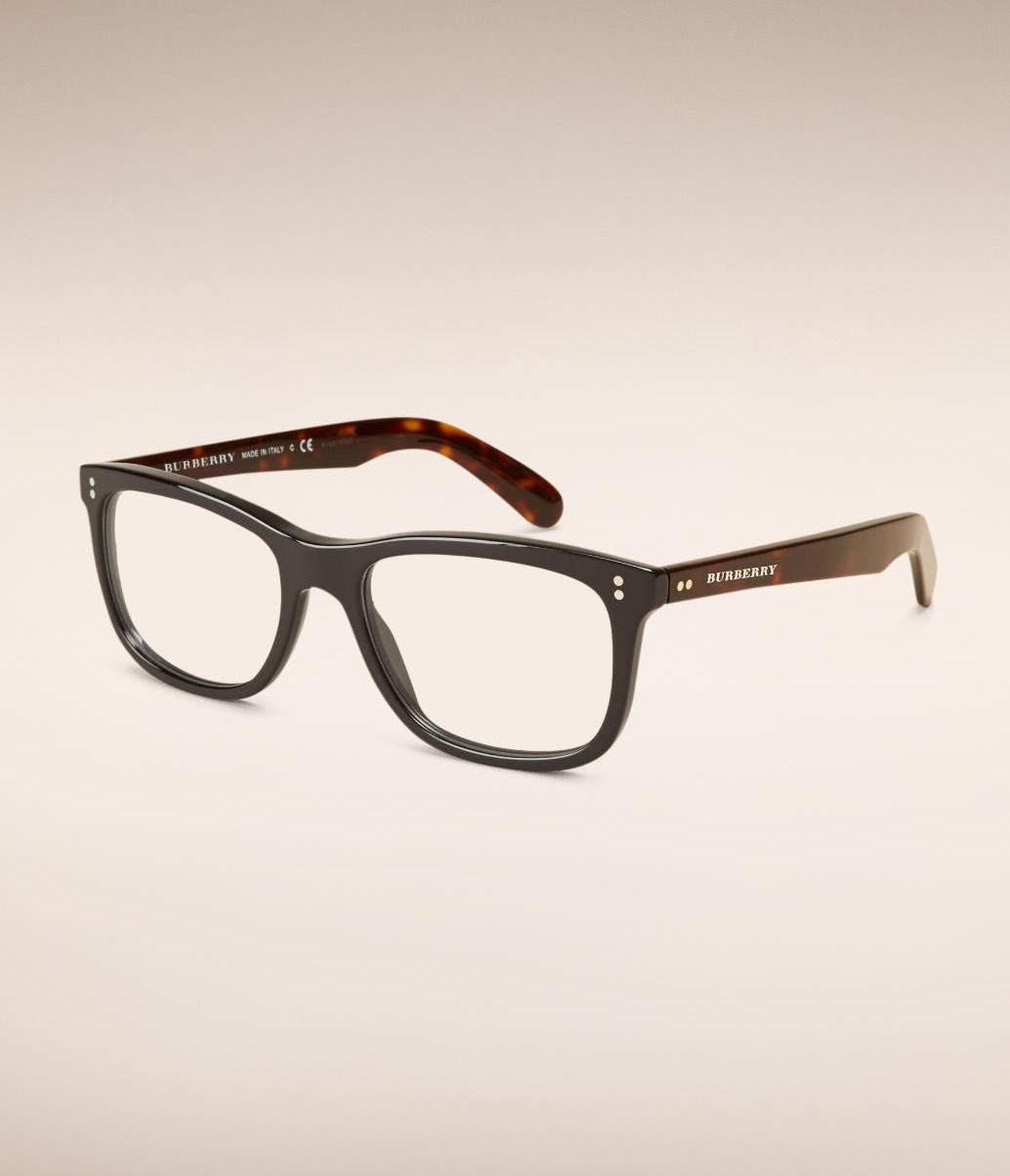 stylish frames, glasses, eyewear, burberry, burberry glasses, menswear, men's style, men's fashion, wardrobe essentials, summer, forties, summer essentials, summer style, fifties, 50s style essentials