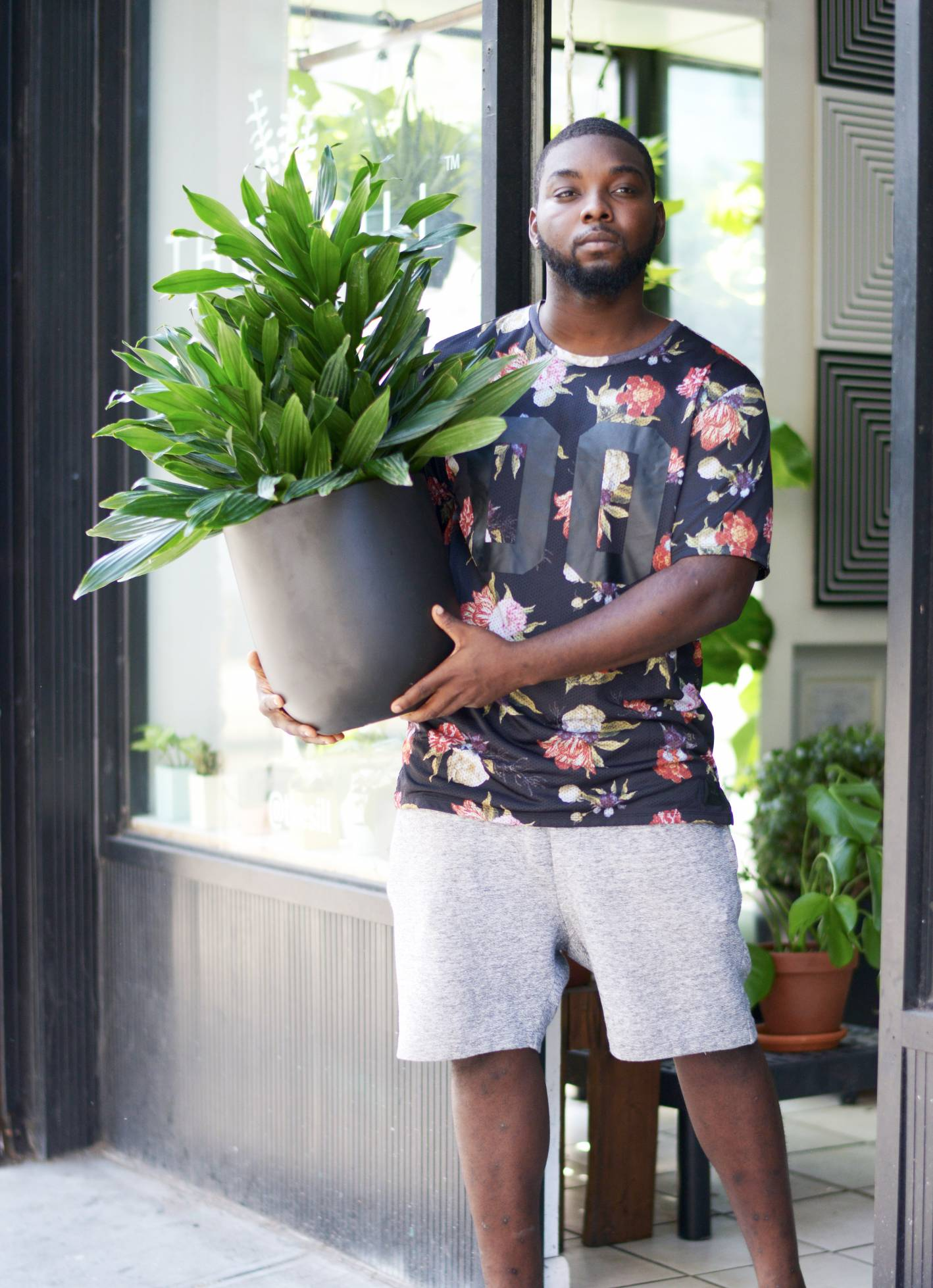 junior the sill, the sill, plants, office style, what he wore, what he wore the sill office style