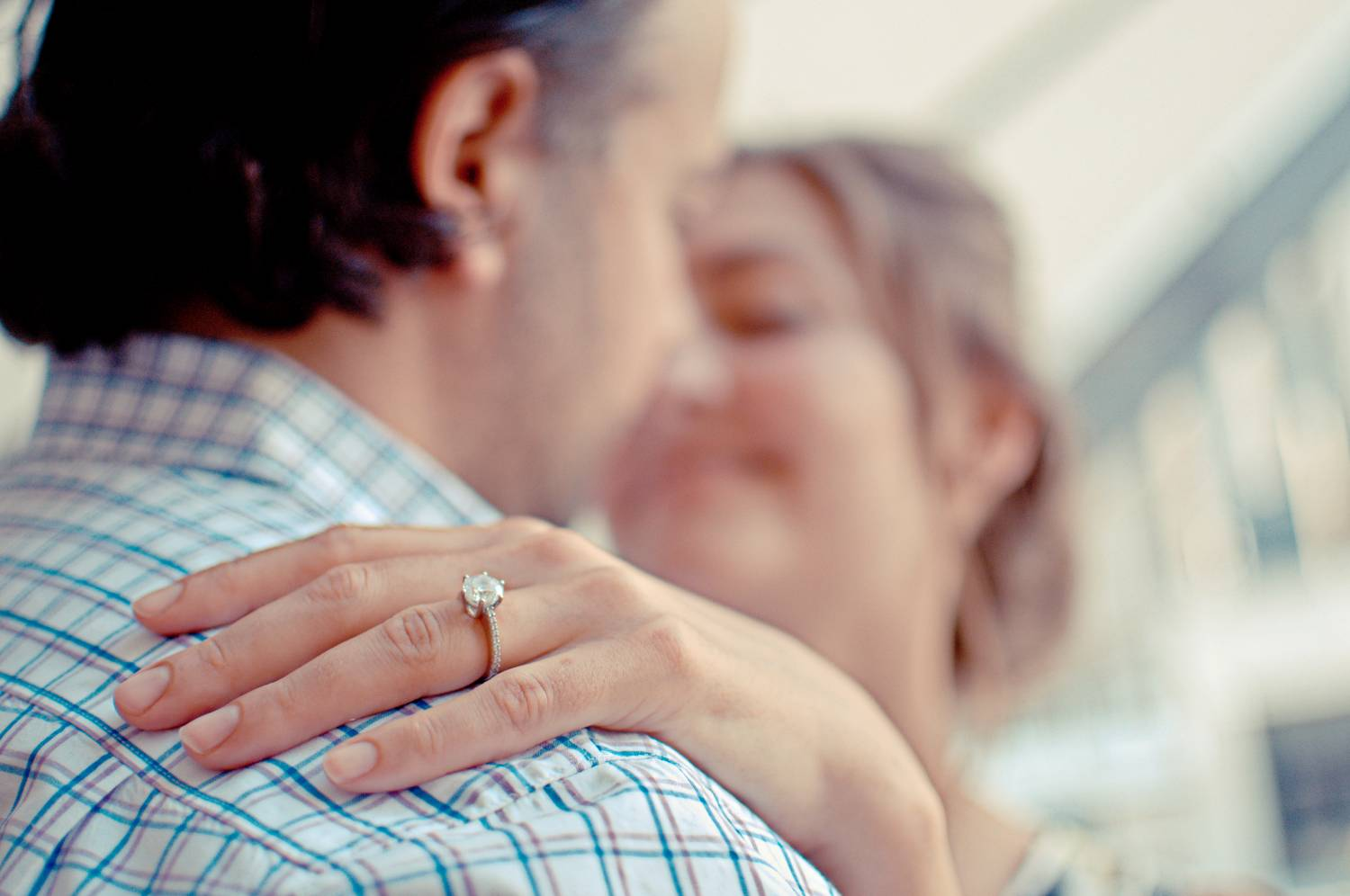 engagement ring guide, how to pick an engagement ring, engaged couple, love,