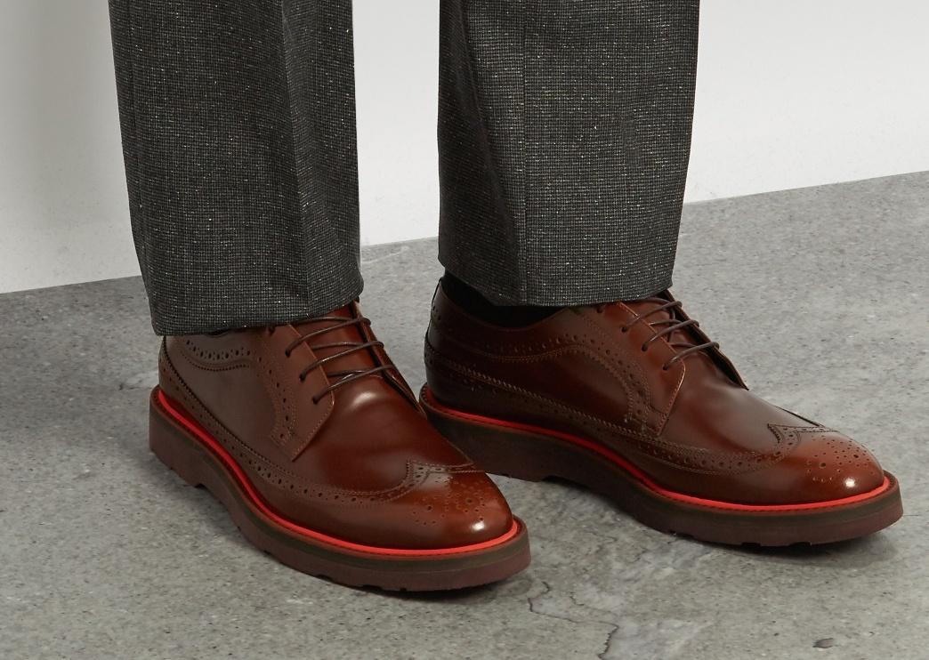 contrast sole shoes