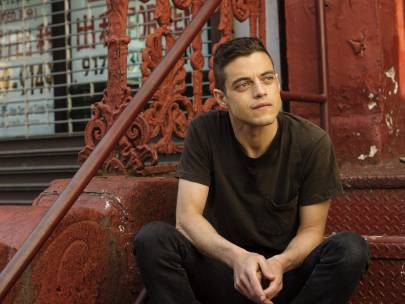 {VIDEO} Team SG Explains Internet Boyfriends: Rami Malek Style