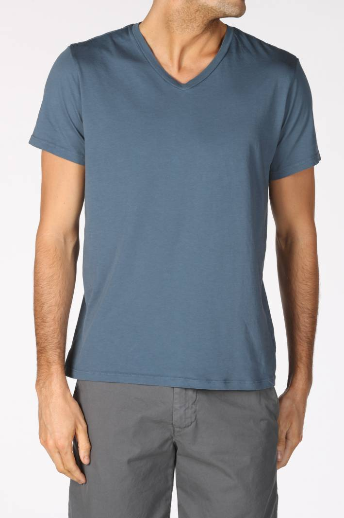 save khaki, v-neck tee, t shirt, v-neck