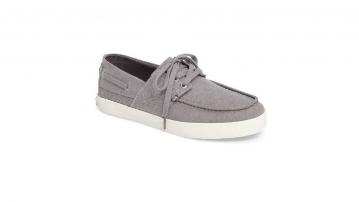 tretorn boat shoes