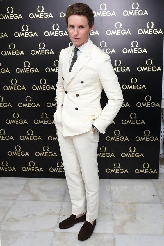 eddie redmayne in white suit