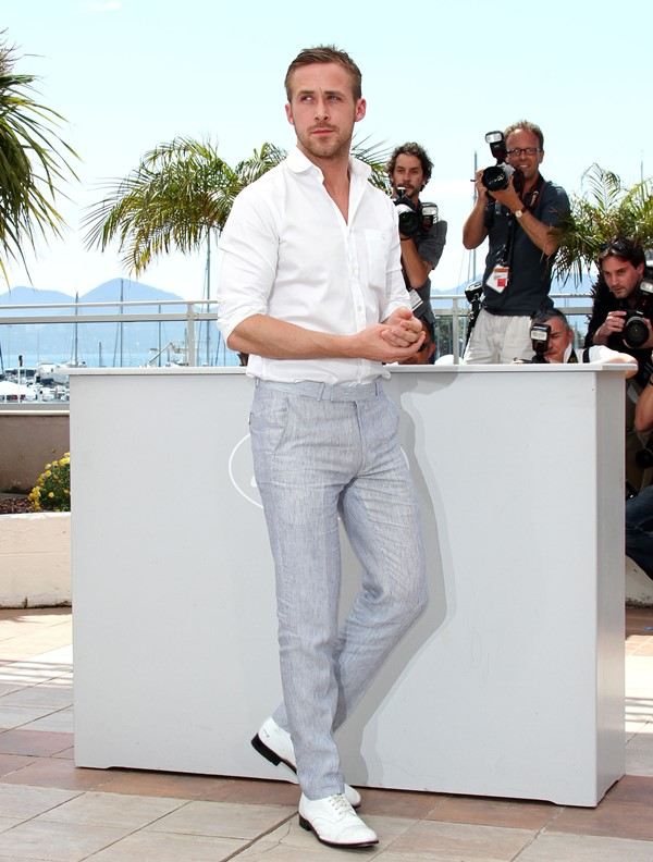 ryan gosling in cannes wearing white shirt and shoes