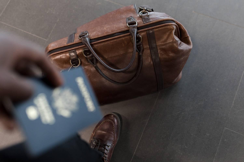 weeknder bag and passport
