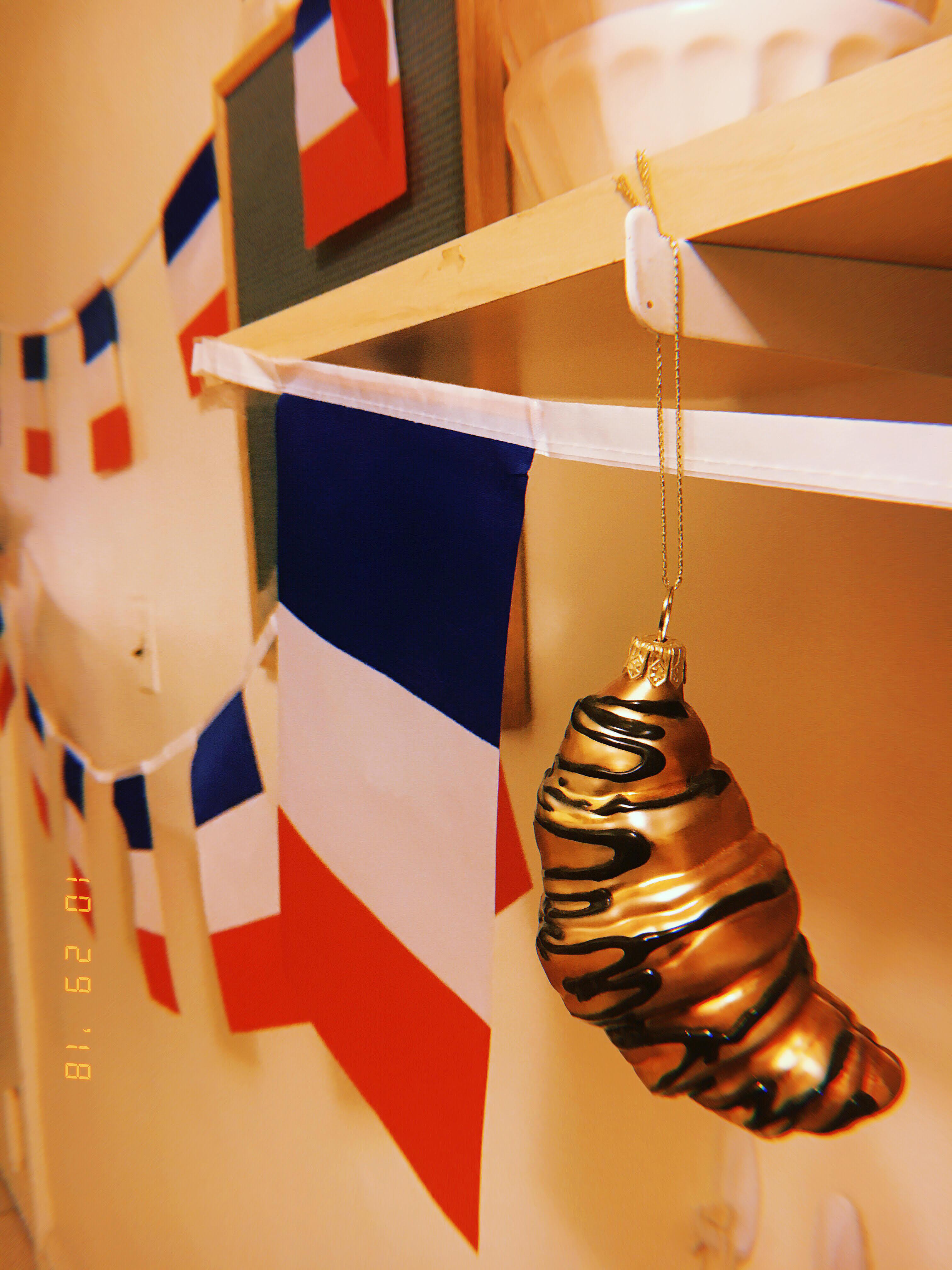 unique party theme ideas france