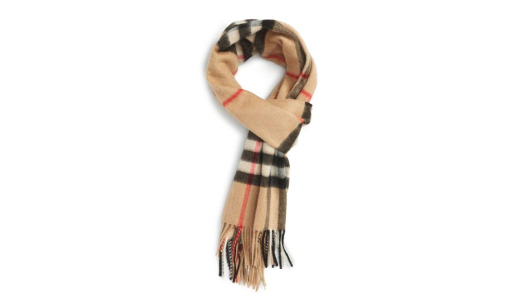 iconic burberry plaid scarf