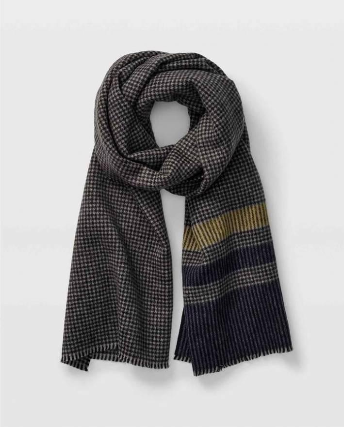 club monaco houndstooth striped scarf