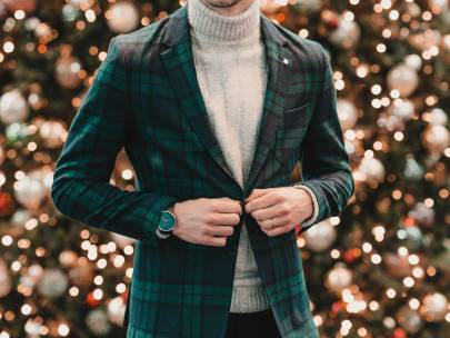 Stylish Holiday Outfits for Guys