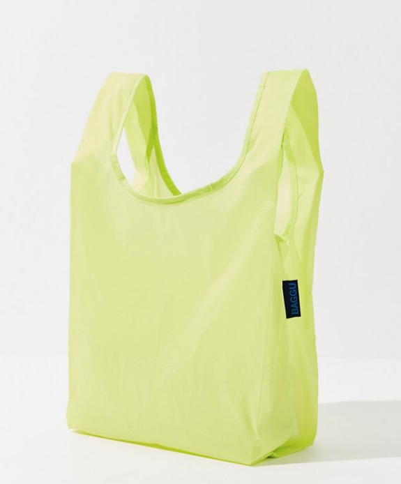 baggu reusable tote, guide on how to survive long flights in economy