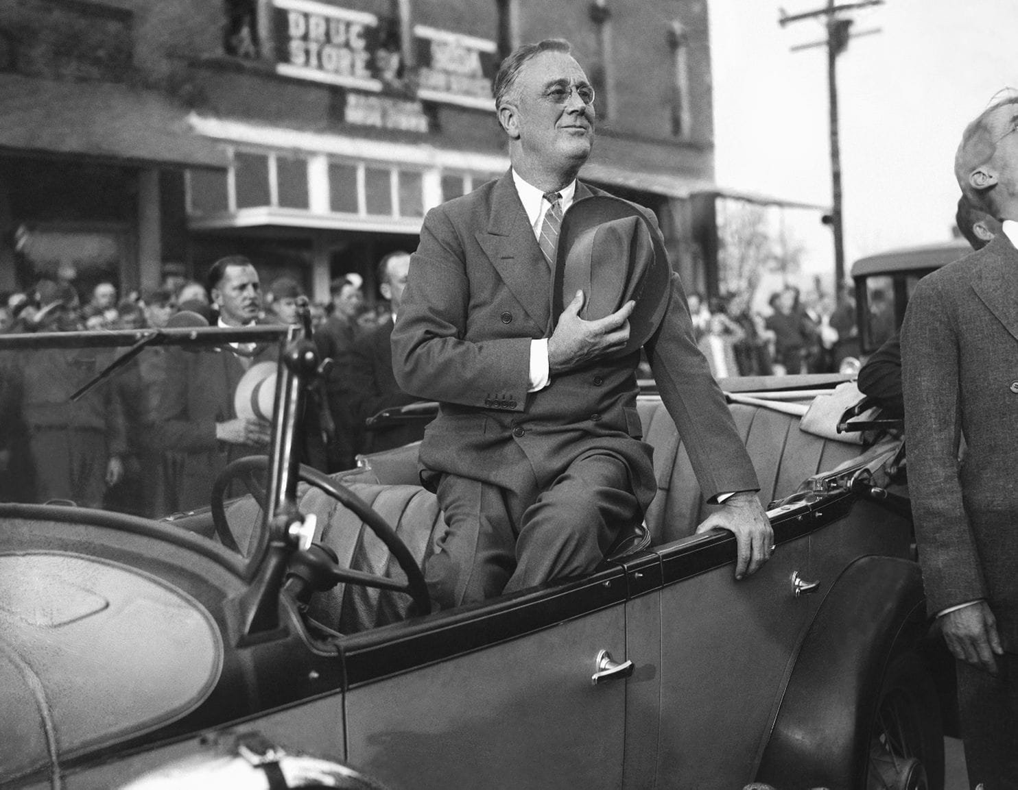 FDR in a suit
